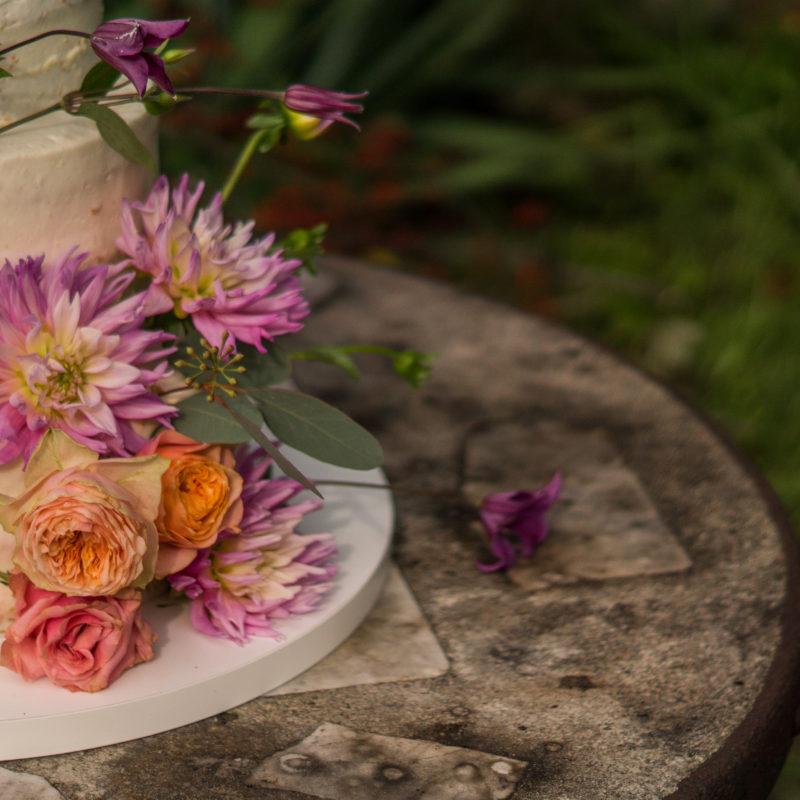Kwiatowe dekoracje tortów ONLINE